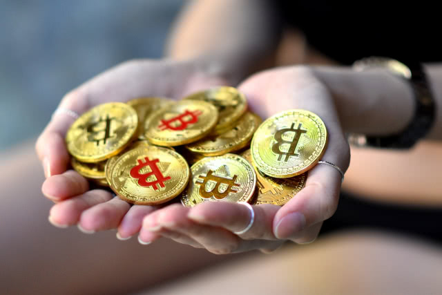 Cash out bitcoins canada how to bet on fixed matches